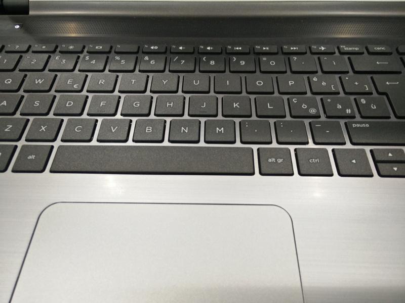 HP Pavilion 15-ab234nl tastiera
