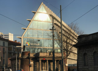 Microsoft apre a Milano