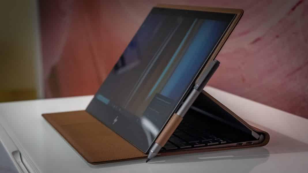 HP Spectre Folio tastiera nascosta