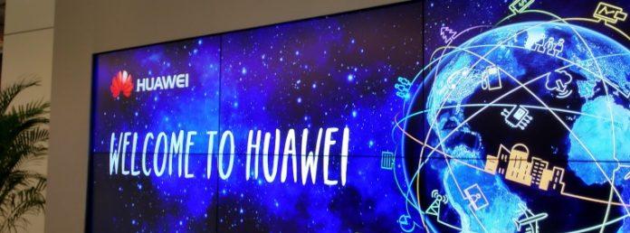 Huawei vendite da record, secondo posto Apple