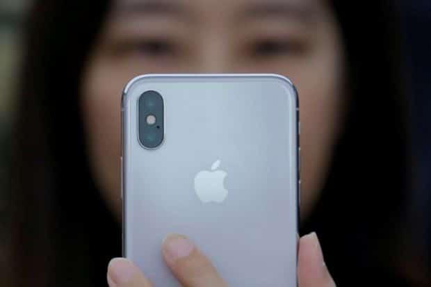 Apple ferma la produzione degli iPhone