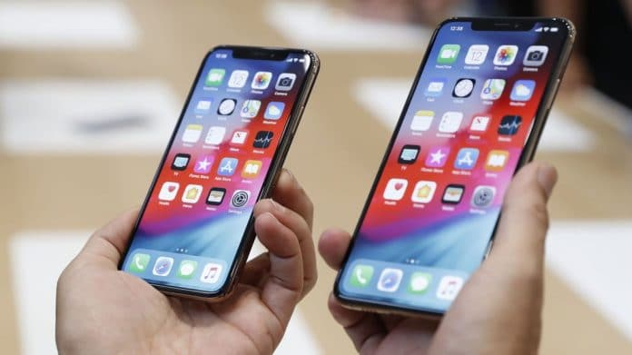 Huawei punisce staff per aver pubblicato con iPhone