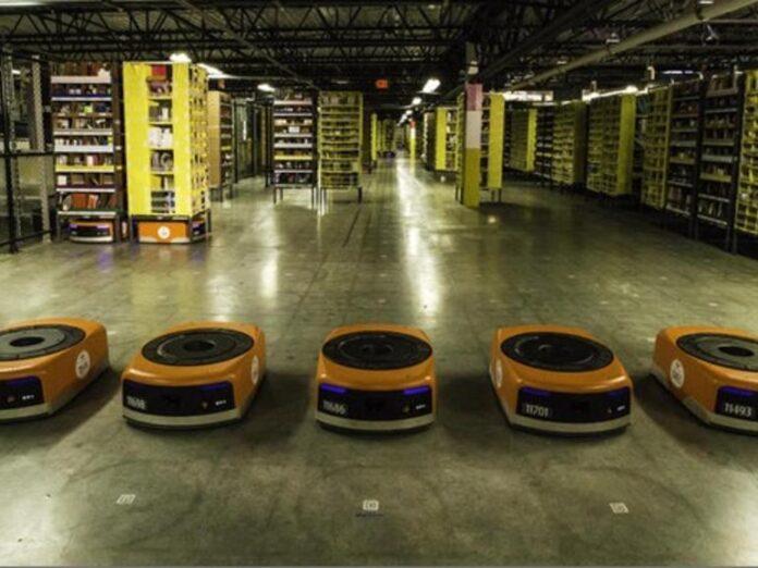 Robot Amazon magazzini automazione