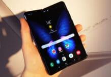 Nuovo Samsung Galaxy Fold apertura esterna