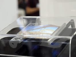 Sony smartphone pieghevole avvolgibile