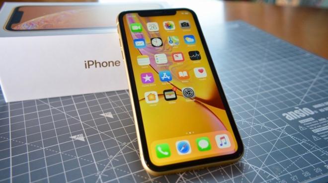 Vendite iPhone 11 Apple deludendi, analisi Rosenblatt Securities
