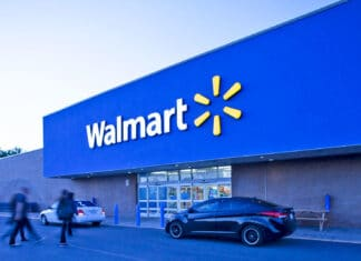 Walmart rimuove videogiochi violenti, ma non le armi