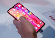 Smartphone Huawei senza servizi Google