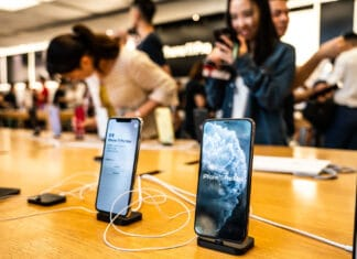 Coronavirus riduce produzioni iPhone
