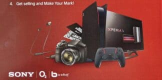 pamphlet pubblicitario PlayStation 5 rossa e nera