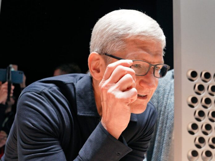 Apple successione Tim Cook