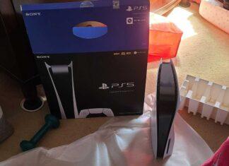 Folla impazzita PlayStation 5